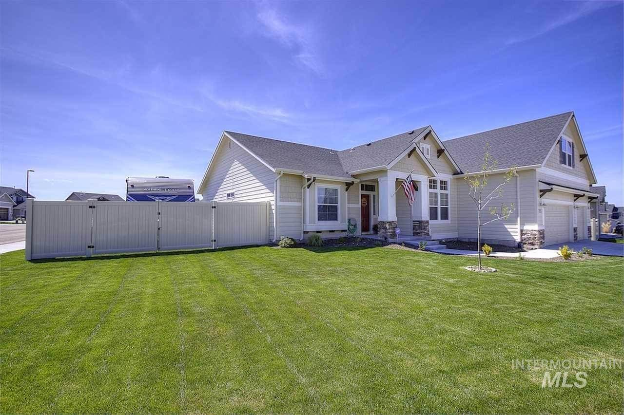 3. Single Family Homes at Kuna, Idaho 83634
