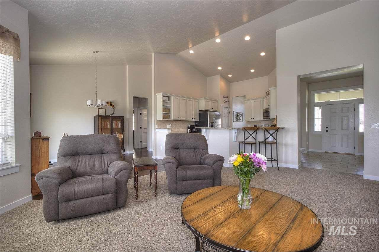 4. Single Family Homes at Kuna, Idaho 83634