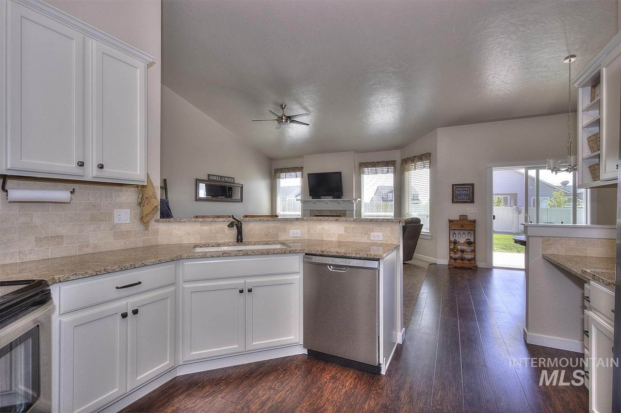 6. Single Family Homes at Kuna, Idaho 83634