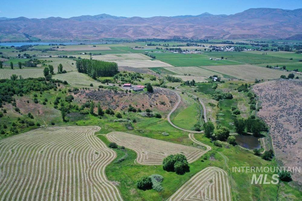 Ranch for Sale at Richland, Oregon 97870
