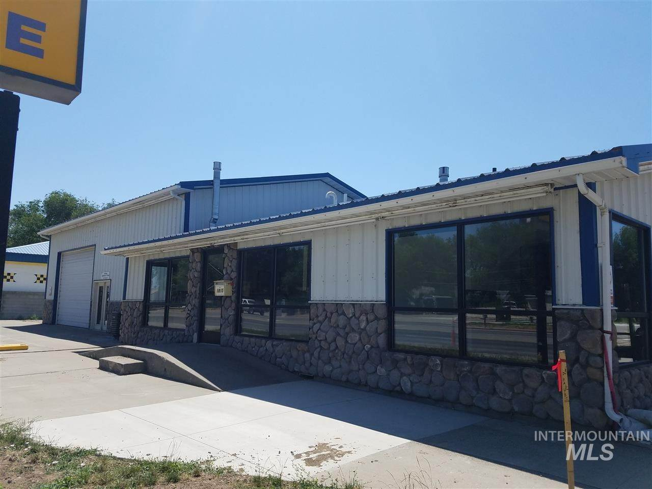 Commercial for Sale at Mountain Home, Idaho 83647