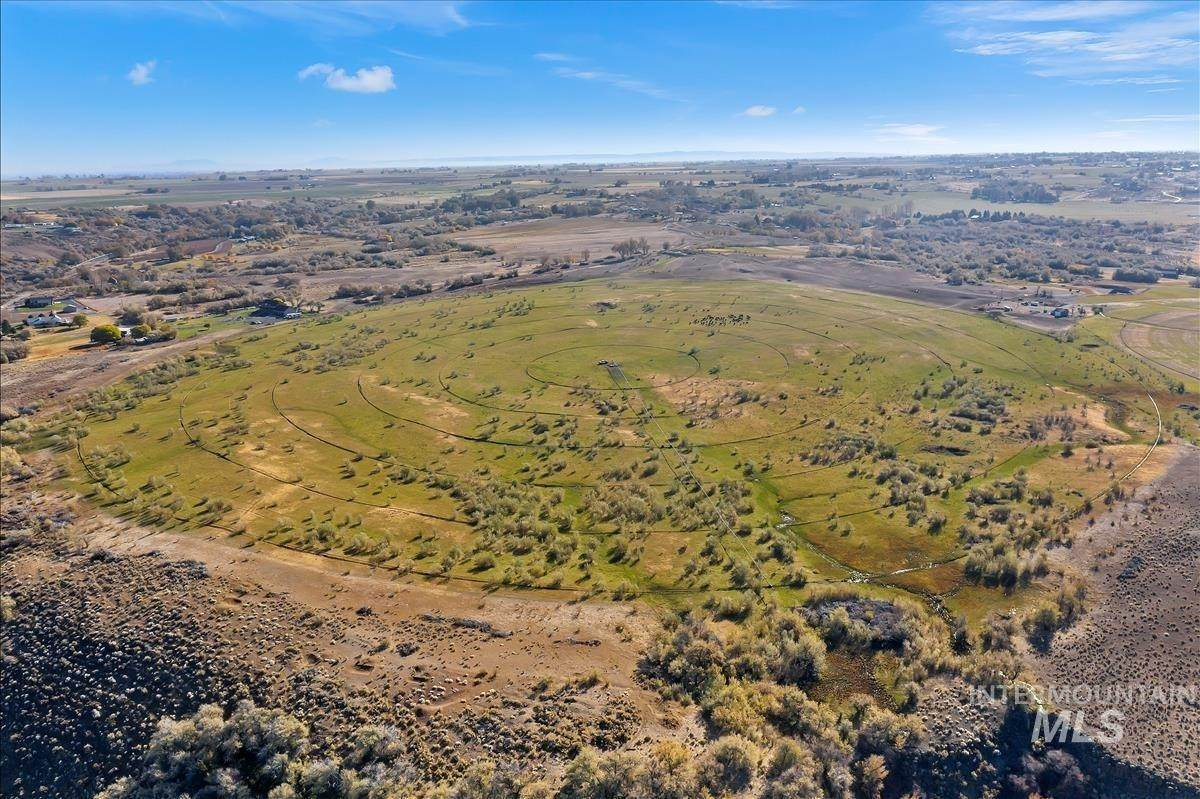 Ranch for Sale at Buhl, Idaho 83316