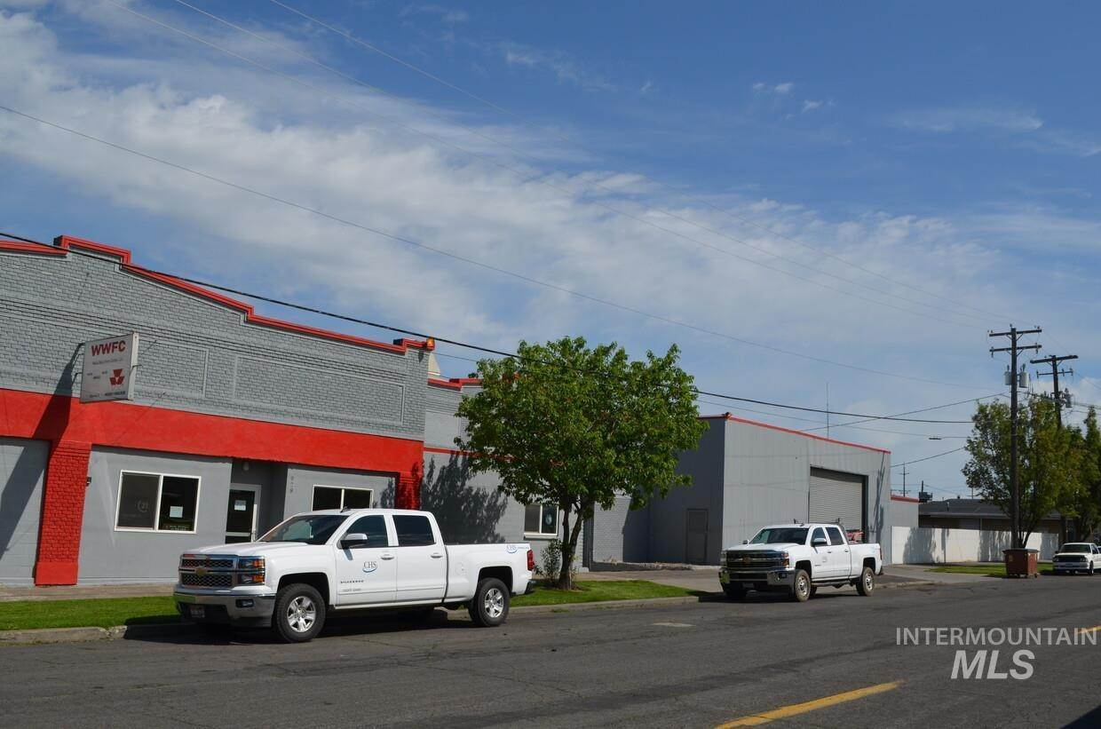 Commercial for Sale at Walla Walla, Washington 99362