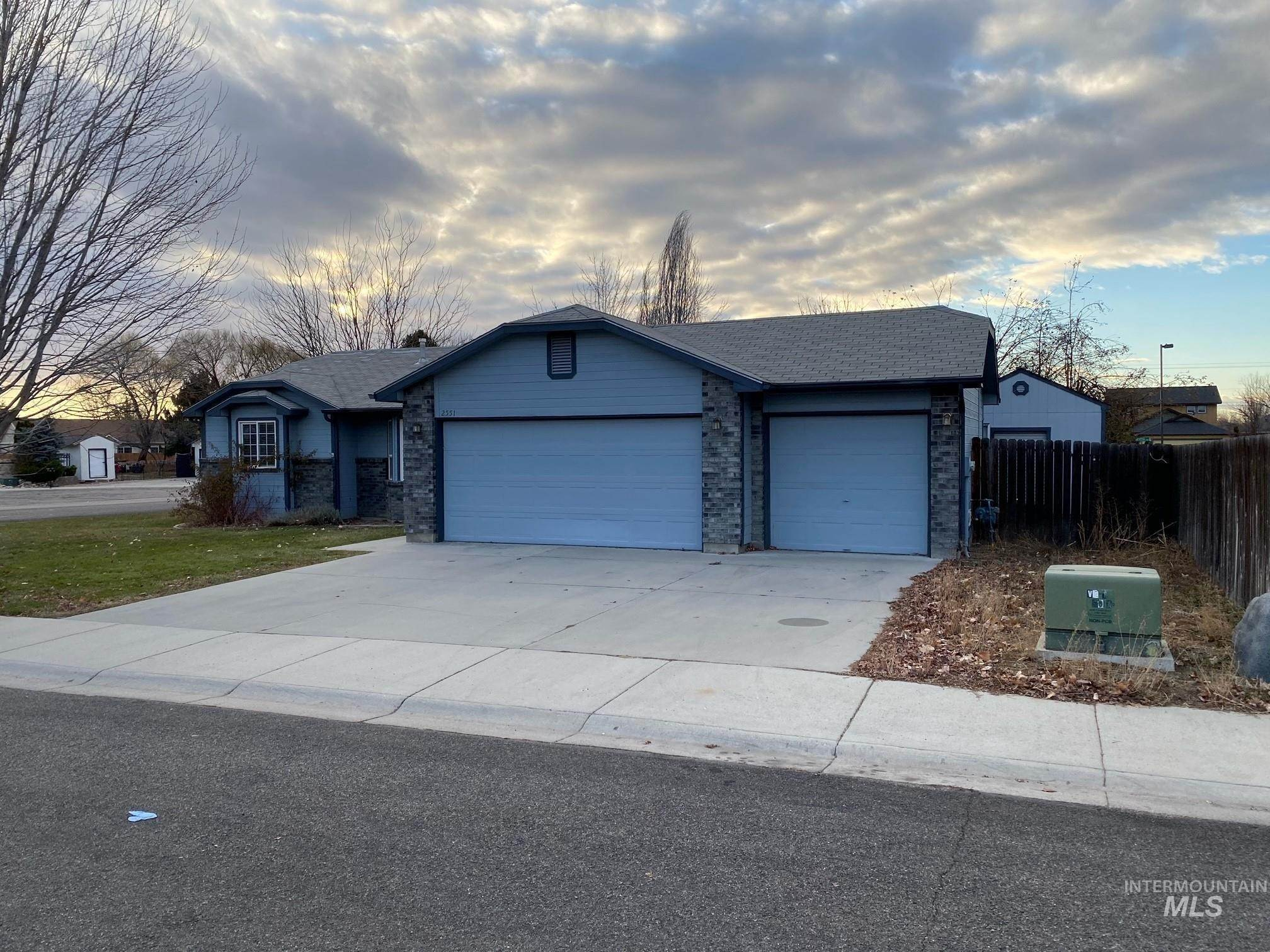 Residential Income at Meridian, Idaho 83646