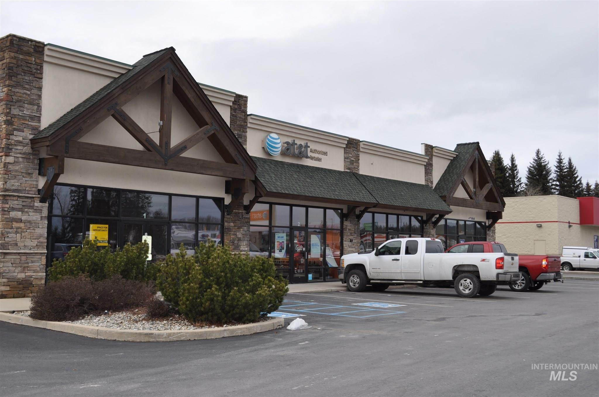 Commercial for Sale at Ponderay, Idaho 83852