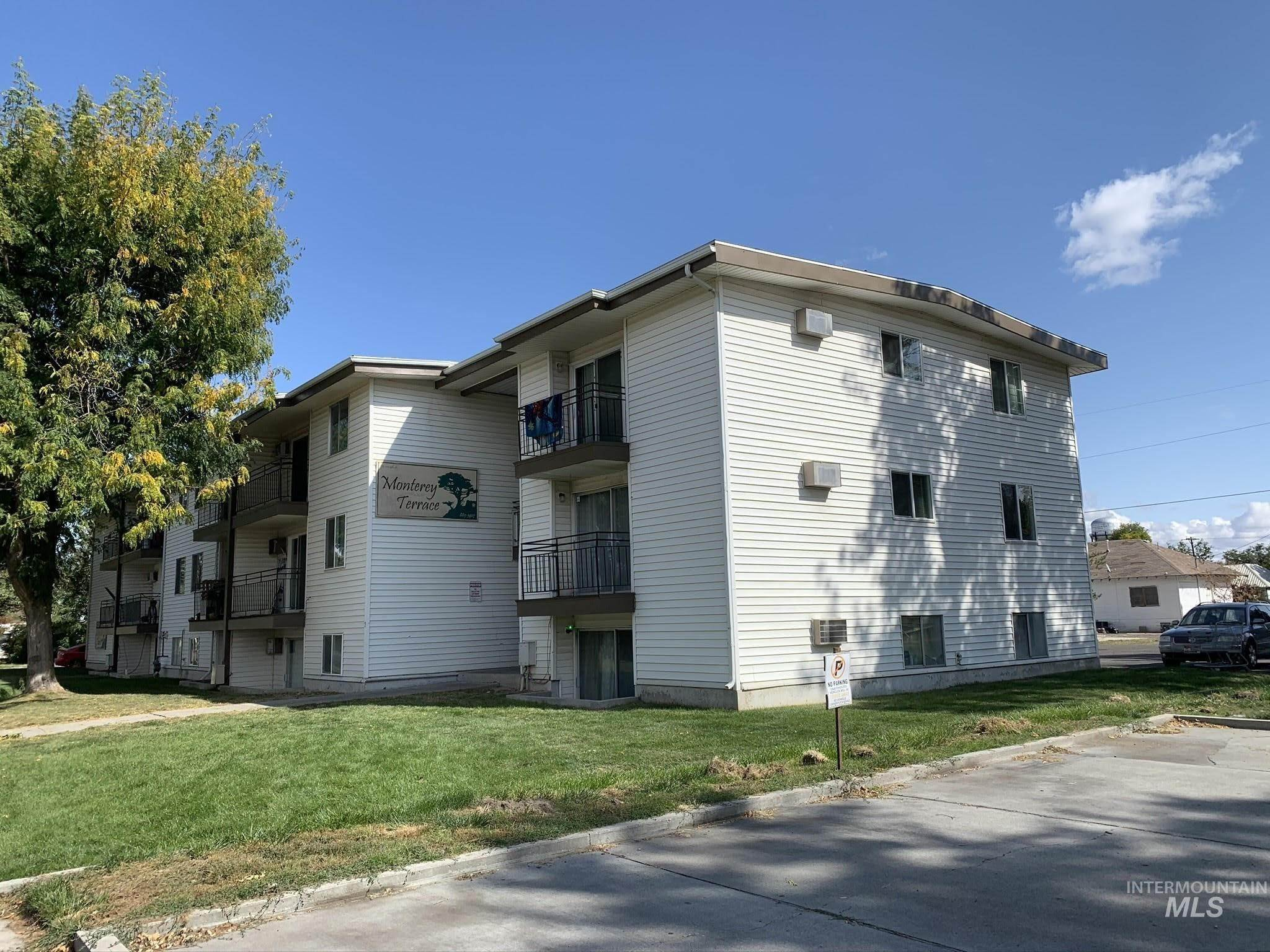 Apartments por un Venta en Ontario, Oregon 97914