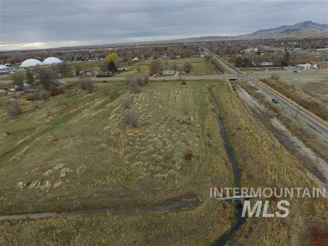 Commercial for Sale at Emmett, Idaho 83617