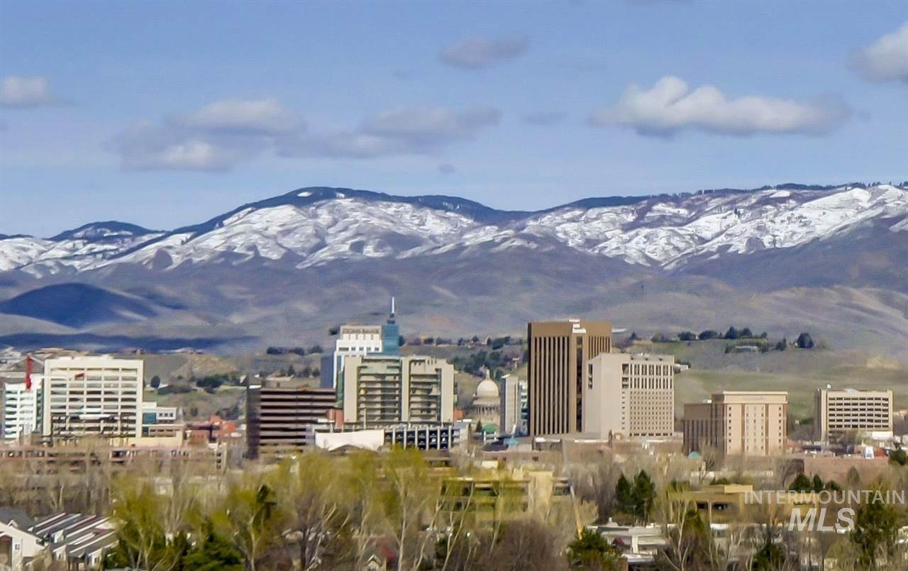 Condominiums for Sale at Boise, Idaho 83706