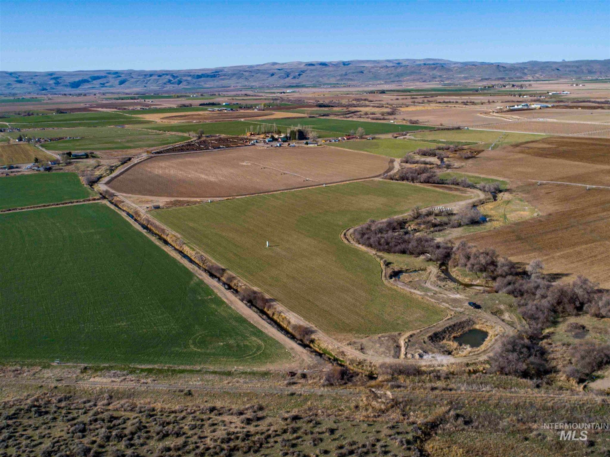 Farm for Sale at Homedale, Idaho 83628