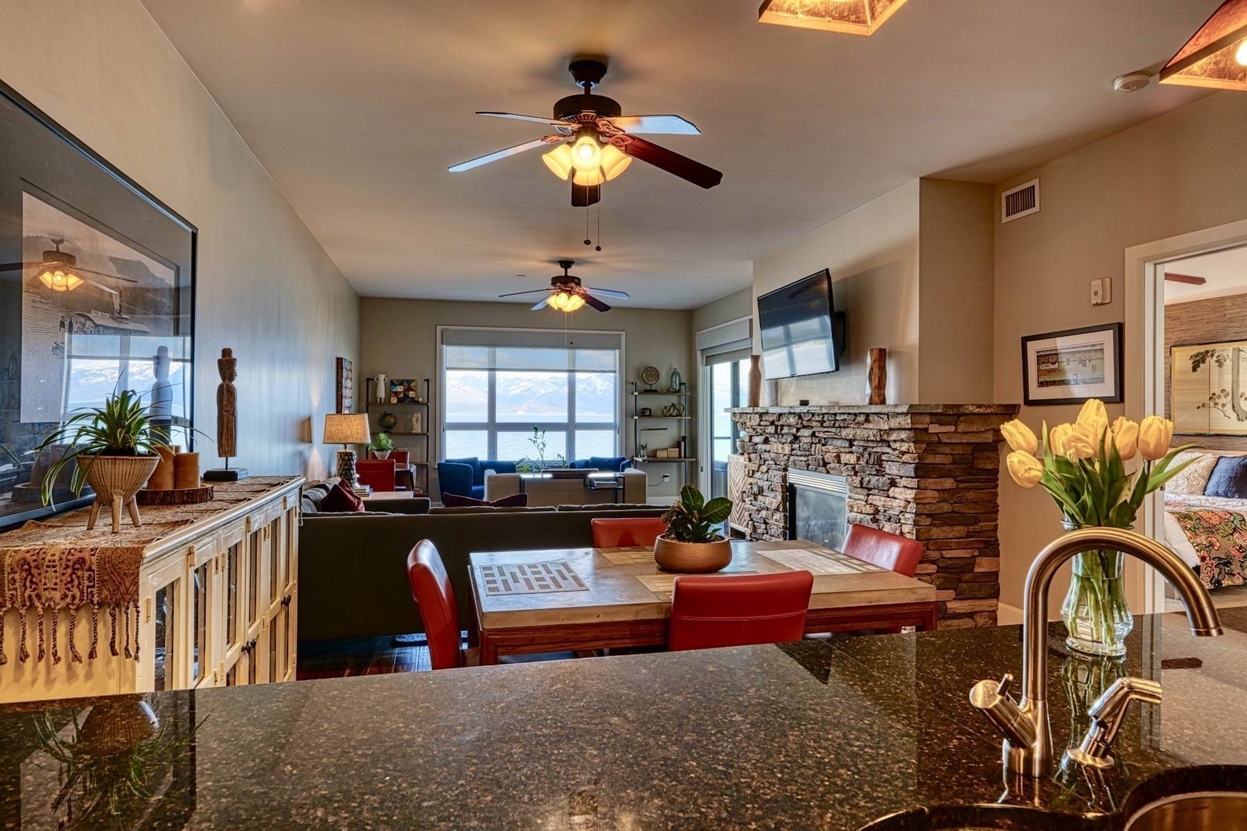 Condominiums for Sale at Seasons Condo Unit # 7108 702 Sandpoint Ave, Unit #7108 Sandpoint, Idaho 83864