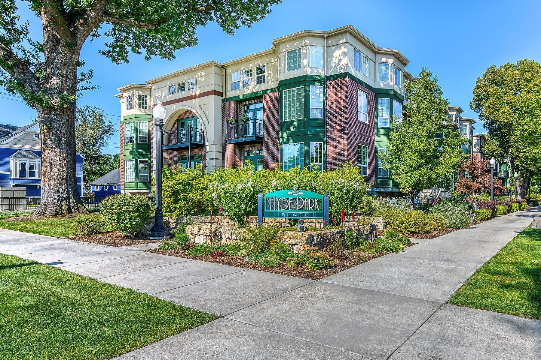 Condominiums for Sale at 1207 Fort Street, 220 Boise, Idaho 83702