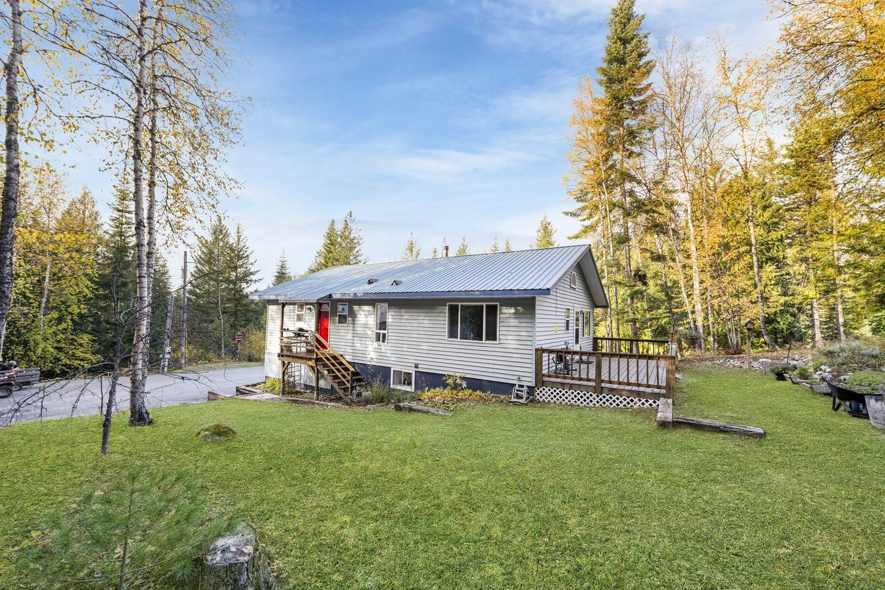 Single Family Homes por un Venta en One of kind 60 acre parcel 5874 Lakeshore Dr Sagle, Idaho 83860