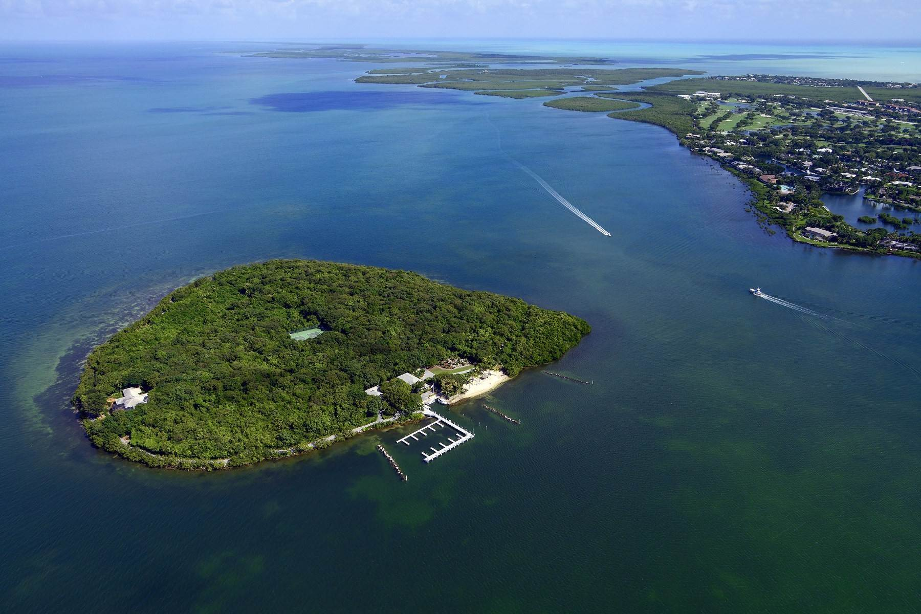 Property 为 销售 在 Pumpkin Key - Private Island, Key Largo, FL 拉哥, 佛罗里达州 33037
